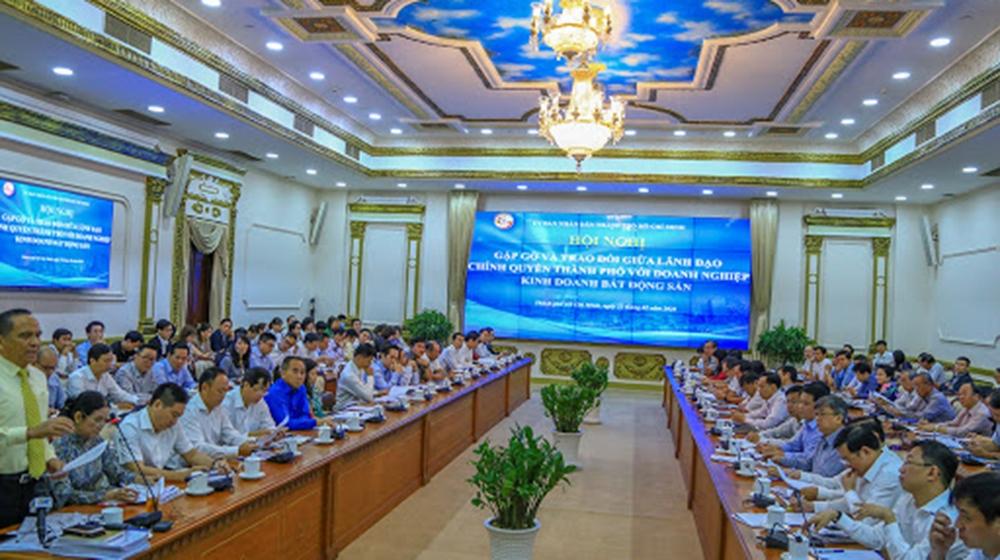 36 doanh nghiệp BĐS tham gia đối thoại với chủ tịch UBND TP.HCM để tháo gỡ khó khăn