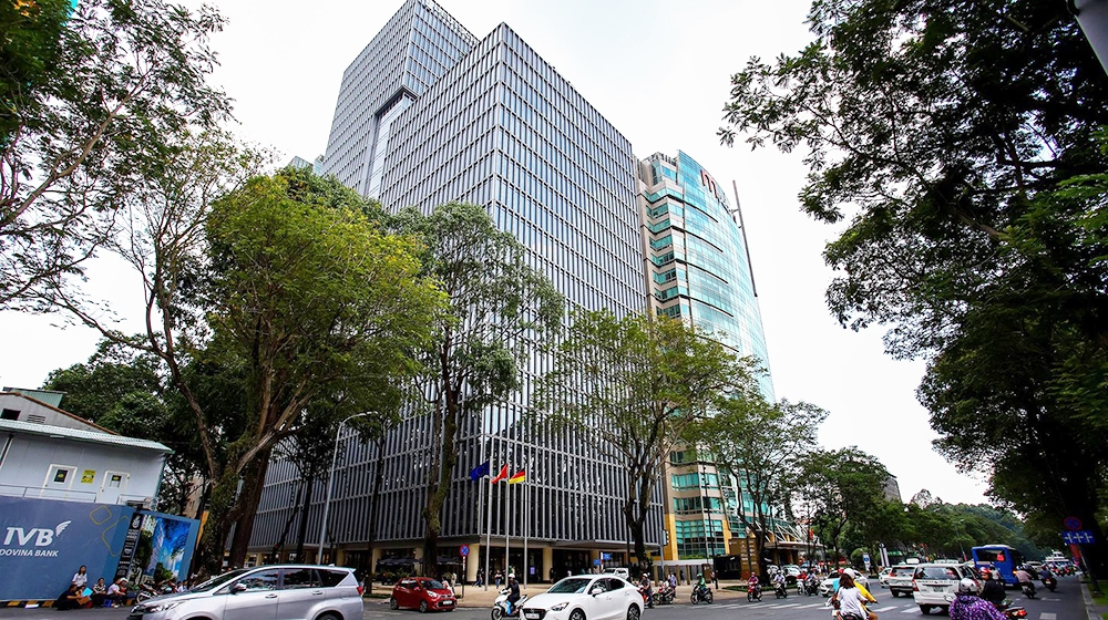 Giá thuê 450 triệu đồng/tháng cho 1 văn phòng hạng A diện tích tối thiểu tại TP.HCM