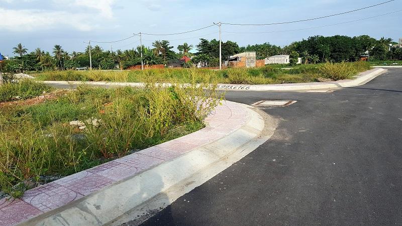 Đất có lối đi riêng nhỏ hơn 5m có được tách thửa không?