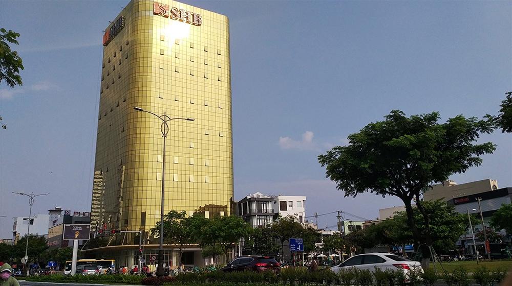"""Hai tòa nhà """"dát vàng"""" tại Đà Nẵng chính thức bị xử phạt"""