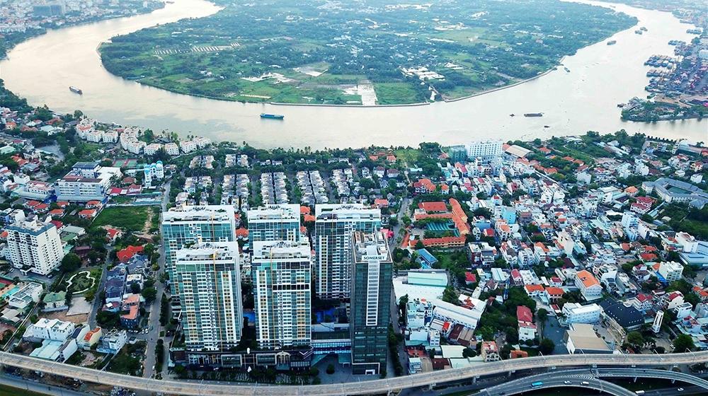 Thị trường bất động sản vẫn sôi động dù còn nhiều thách thức