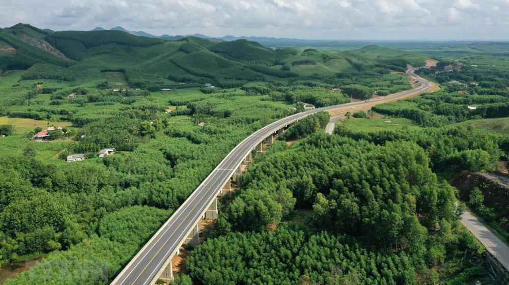 Xây dựng tuyến cao tốc nối Ninh Thuận - Bình Thuận với tổng mức đầu tư gần 20.000 tỷ đồng