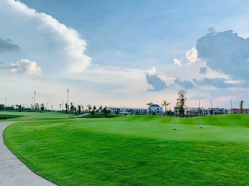 Khu đô thị sân golf West Lakes Golf & Villas sẽ đi vào hoạt động vào đầu năm 2021