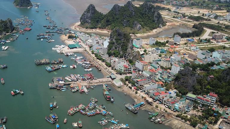 Quảng Ninh: Trao quyết định chủ trương đầu tư cho hai dự án mới hơn 4.500 tỷ đồng